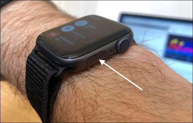 Utiliser le bouton latéral sur Apple Watch pour le SOS d'urgence