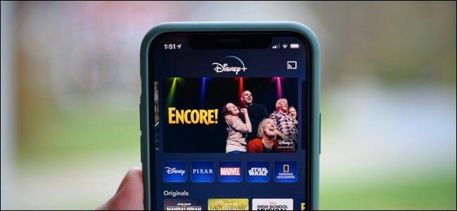 Écran d'accueil de Disney + sur un iPhone.