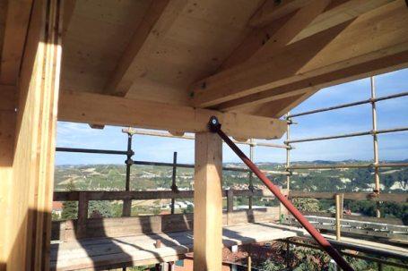 Piozzo, Cuneo Villa BBS montaggio tetto in lengo
