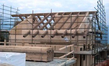 Villette in legno a Buttigliera Alta prossime al completamento