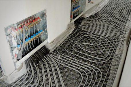 il centro multifunzione in legno BBS a Vinovo - riscaldamento a pavimento