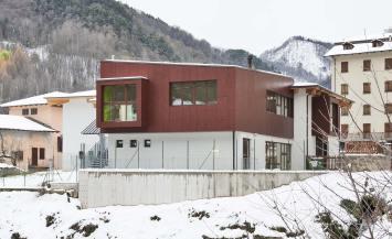 Scuola in legno xlam BBS a Monterosso Grana, Cuneo
