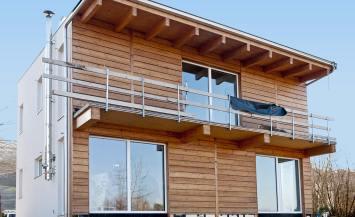 Casa indipendente in legno BBS a due piani a Cherasco