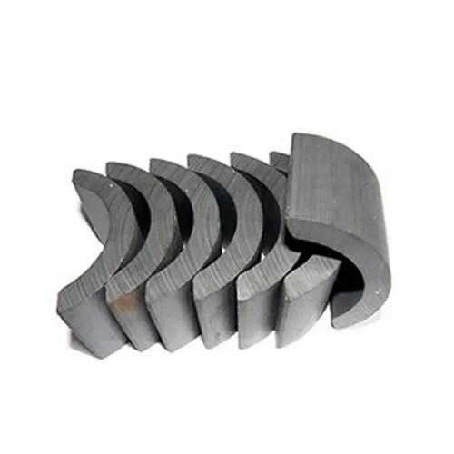 China Standard Ferrite Arc Magnet