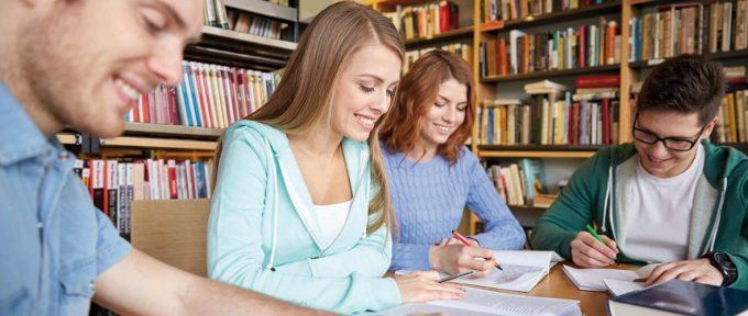 Opération bac dans les bibliothèques pour les futurs bacheliers