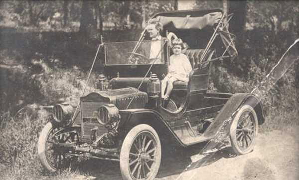 1909 Maxwell Roadster