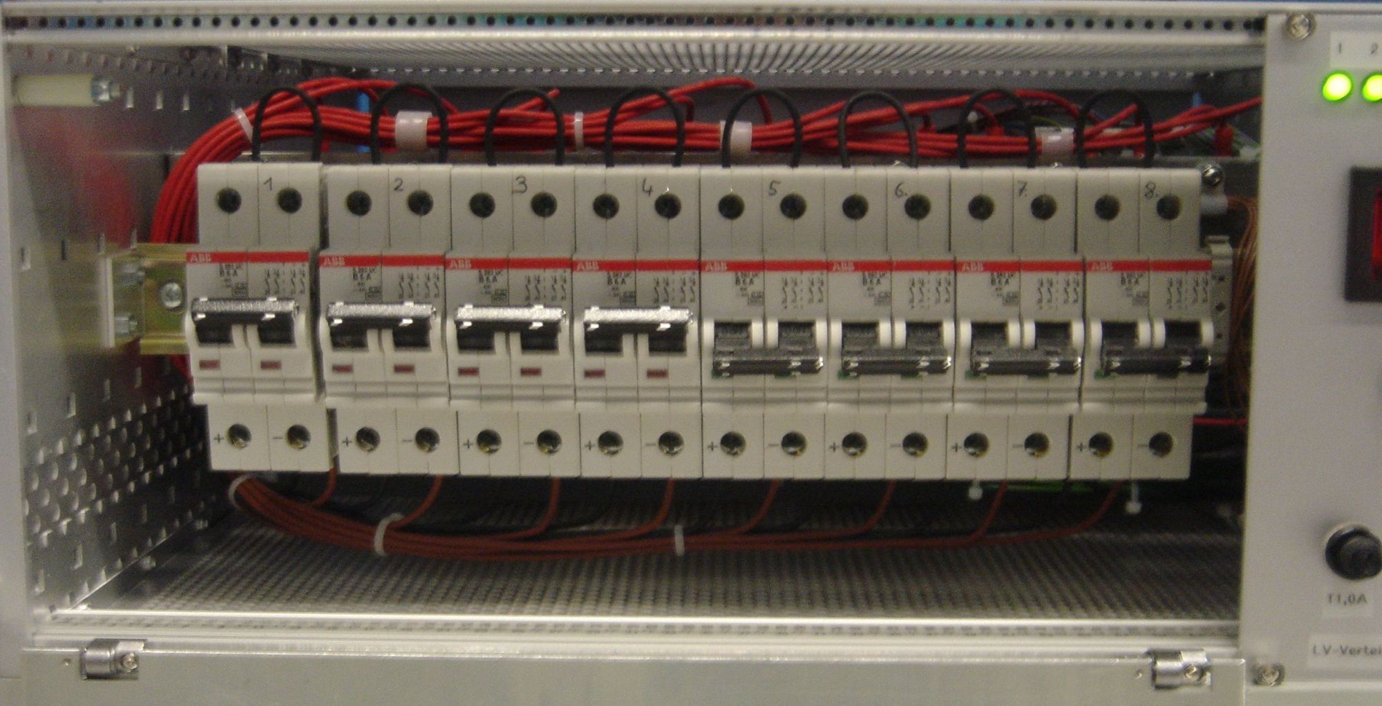 hight resolution of after you switched on the fuse please close the front panel tighten the screws and turn the key left