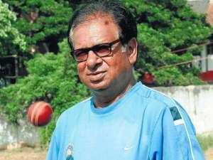 करसन घावरी – भारतीय क्रिकेटपटू
