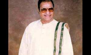 एन. टी. रामाराव, लोकप्रिय तेलुगू अभिनेता, निर्माता, दिग्दर्शक, आंध्रप्रदेशचे माजी मुख्यमंत्री.
