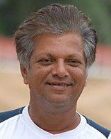 वूर्केरी रामन, भारतीय क्रिकेट खेळाडू.