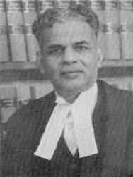 इ. एस. वेंकटरामय्या यांनी भारताचे १९ वे सरन्यायाधीश म्हणुन कार्यभार सांभाळला.