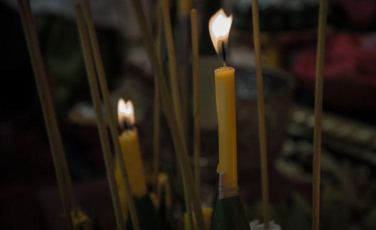 蠟燭,傳說曾用於陣毯儀式