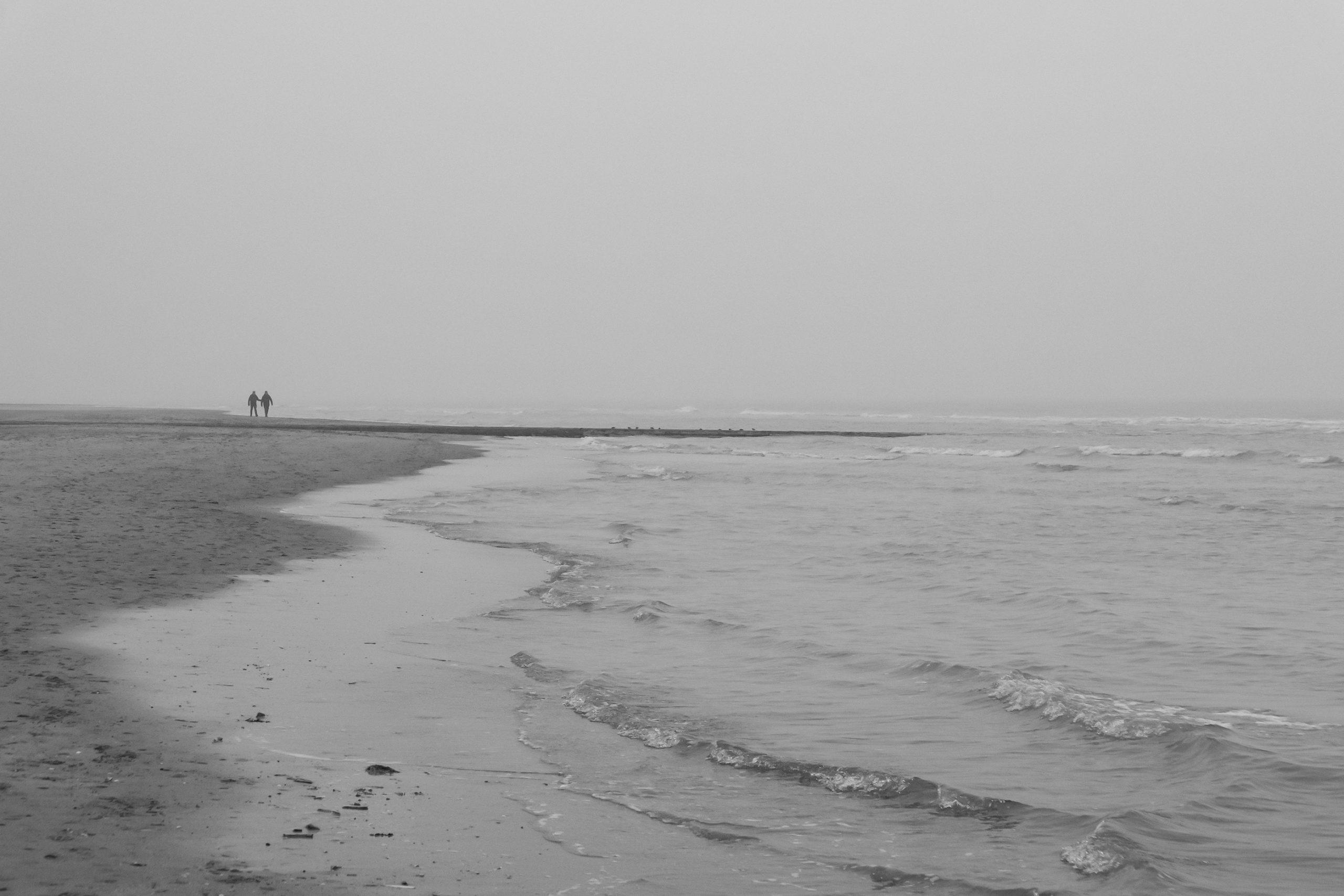 Couple à la mer (?)