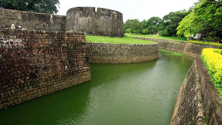 Tourist places near palakkad kerala