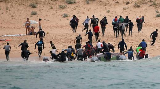 انخفاض بحوالي 20 في المائة في عدد المهاجرين غير الشرعيين الذين وصلوا اسبانيا