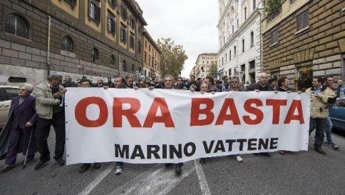 C 4 articolo 2079858 upiImagepp - Da Tor Sapienza cacciato anche il M5S Paola Taverna: non siamo qui per voti