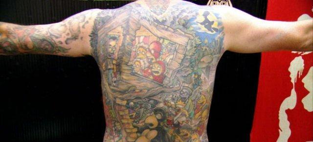 scuola villa santamaria2 - Il più grande tatuaggio a tema I Simpson