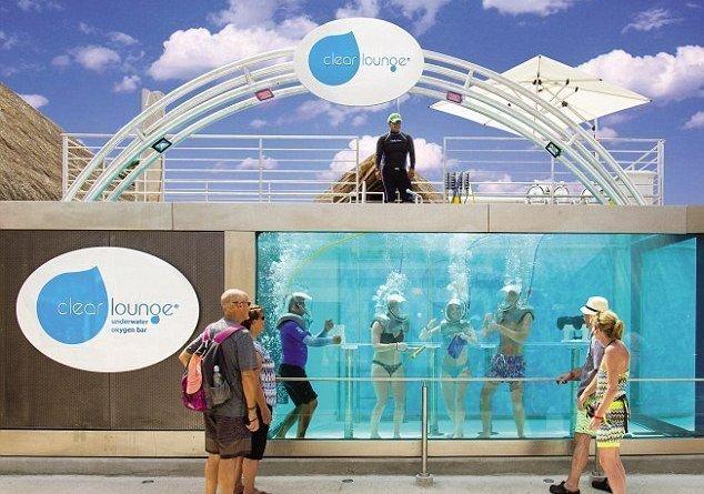 Twitter canale e13086003639431 - Primo bar subacqueo in Messico