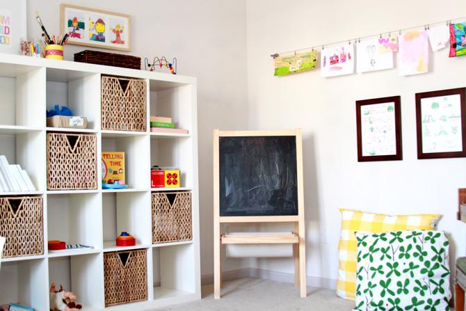 Kids storage ideas mr fox for Baskets for kids room