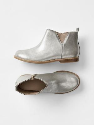 Metallic Chelsea Boot (deleted 8c4312ea0acc38294c5b48448f907b62)