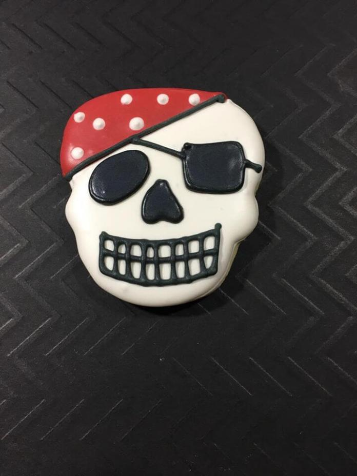 pirate skull IP 4 | Pirate Skull Cookie Recipe for Kids