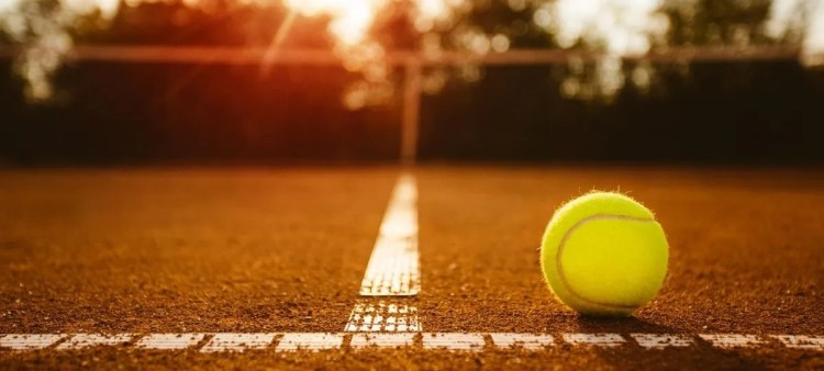 How to Choose the Best Tennis Court Surface