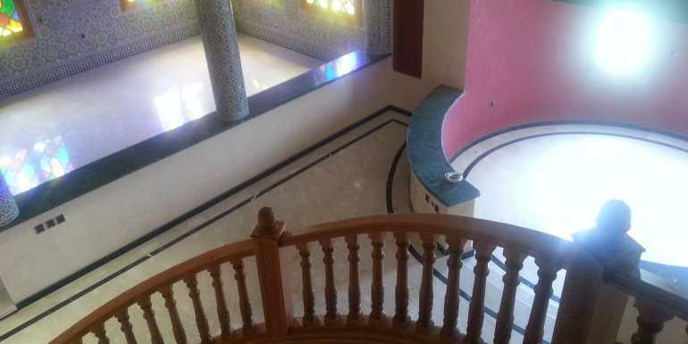 Villa à vendre au quartier agdal Marrakech8