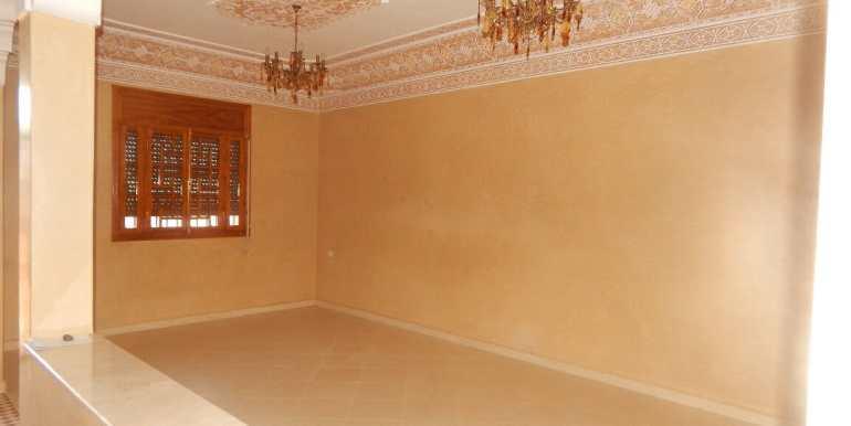 Villa non meublée à louer route de casa marrakech8