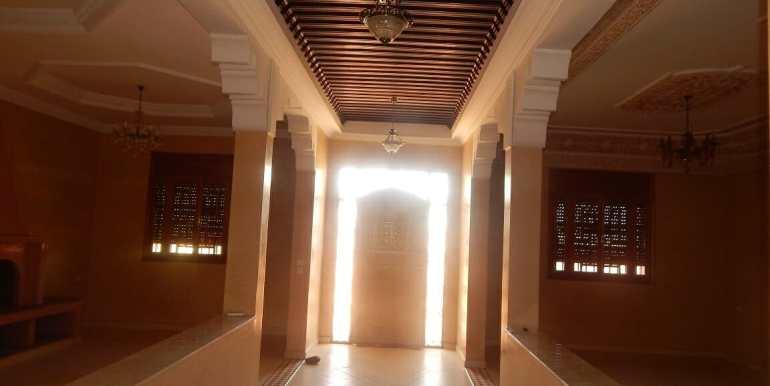 Villa non meublée à louer route de casa marrakech9