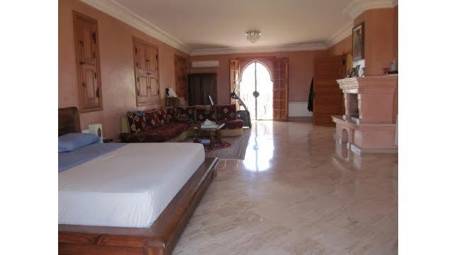 Villa à Vendre à Tameslouht route d'amizmiz-10