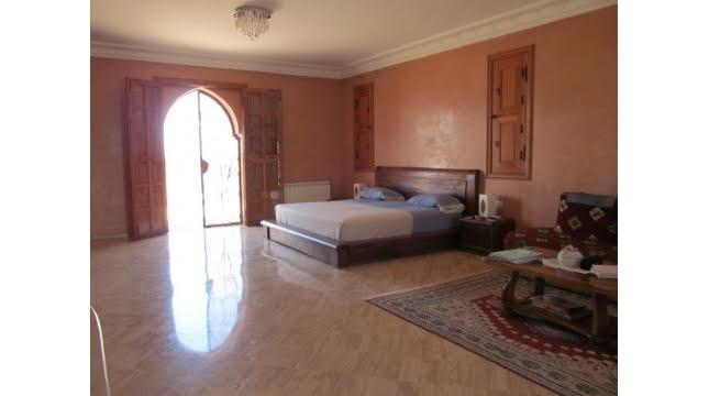 Villa à Vendre à Tameslouht route d'amizmiz-9