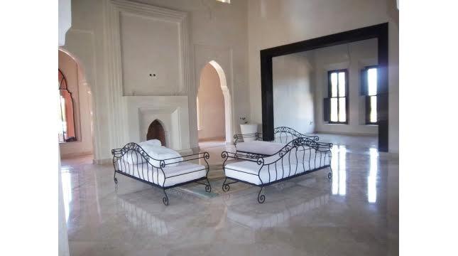 Villa de prestige à vendre sur la route d'ourika-2