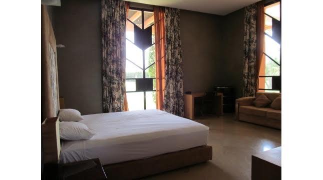 villa à vendre sur domaine amelkis marrakech proche de Golf-10