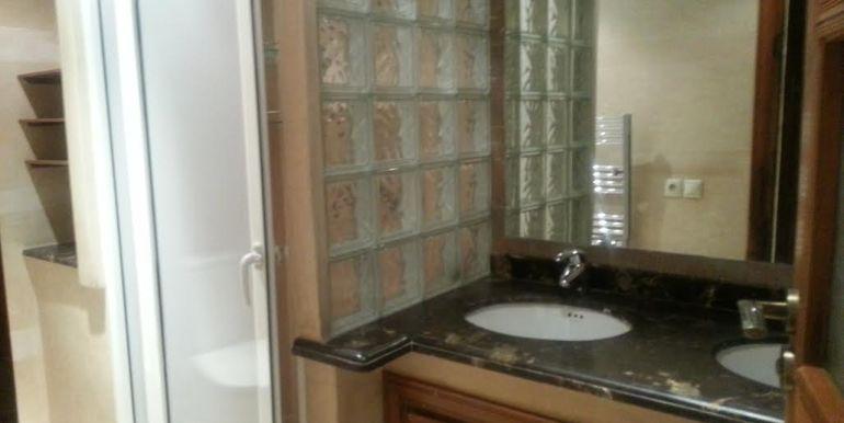 Duplex vide à louer pour longue durée à gueliz Marrakech-9