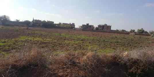 Terrain sur la route d'amezmiz marrakech