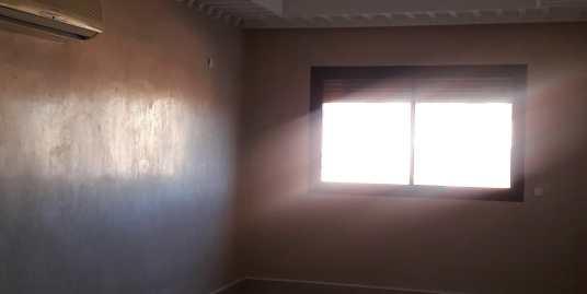 joli appartement vide à l'hivernage pour longue durée