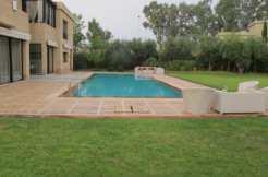 belle villa dans une résidence sécurisée route d'ouarzazate marrakech