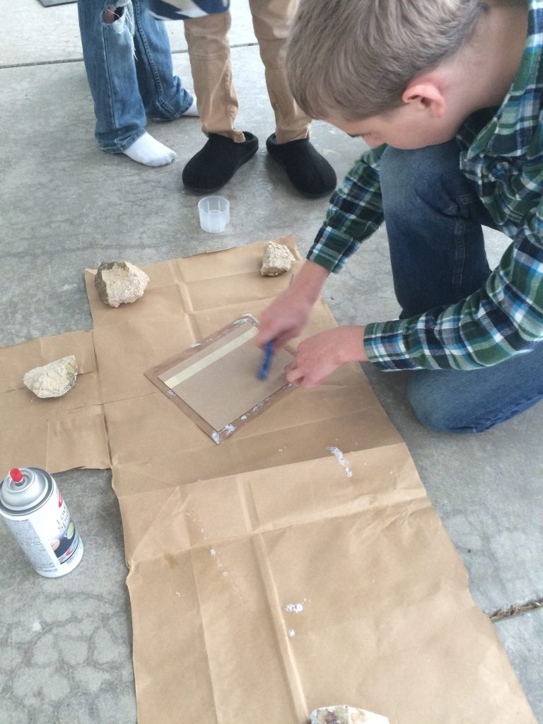 Mounting the cover paper to chipboard