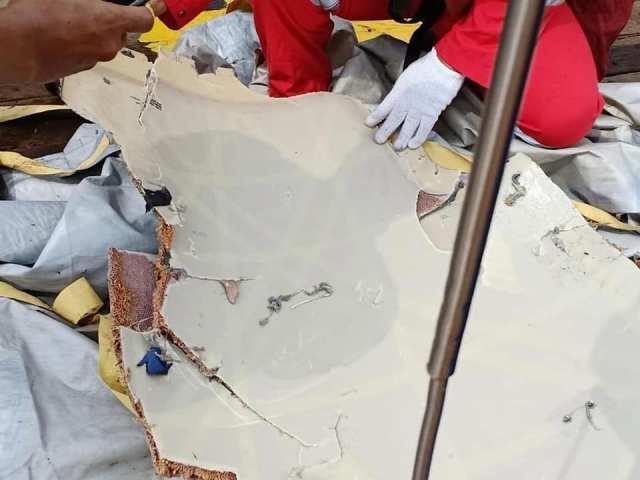 tragedi kapal terbang lion air terhempas