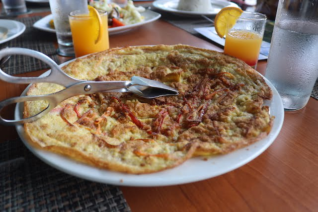 Menu Lunch Terbaik Di Tunamaya Beach Spa Resort Tioman 04