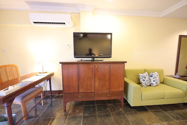 hotel review palm beach resort labuan 03
