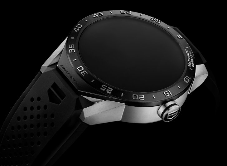 SAR8A80.FT6045 TH CARRERA CONNECTED MOOD PACKSHOT 2015 - DIAL OFF