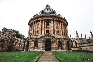 Image of the Radcliffe Camera in Oxford University