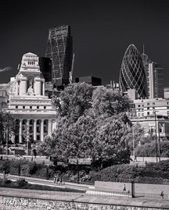Black and white image of the City of London MrPKalu
