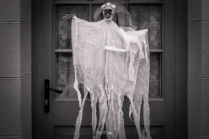 Image of a Halloween Ghost effigy