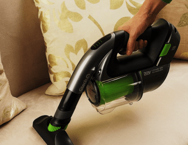 Vacuum clean couch