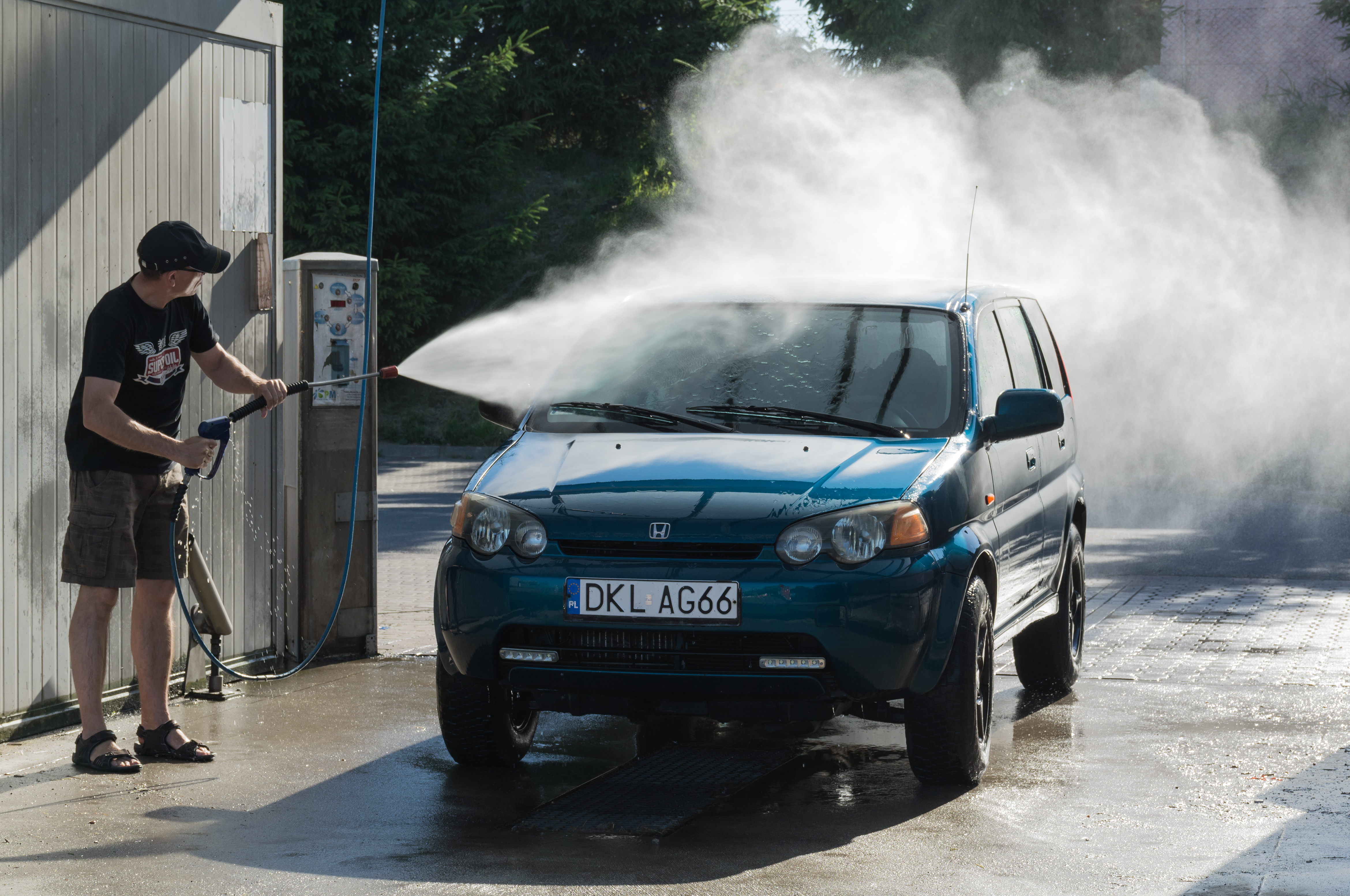 touchless car wash service