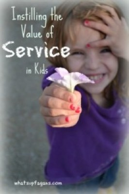 Instilling the value of service in our kids #philanthropy #serviceprojects #service #tips #charity