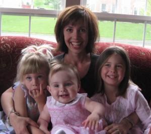 Raising children close together #parenting #mondayformoms