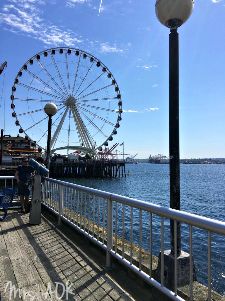 Thank You Notes: Spring Break in Seattle | Ferris wheel in Seattle WA.